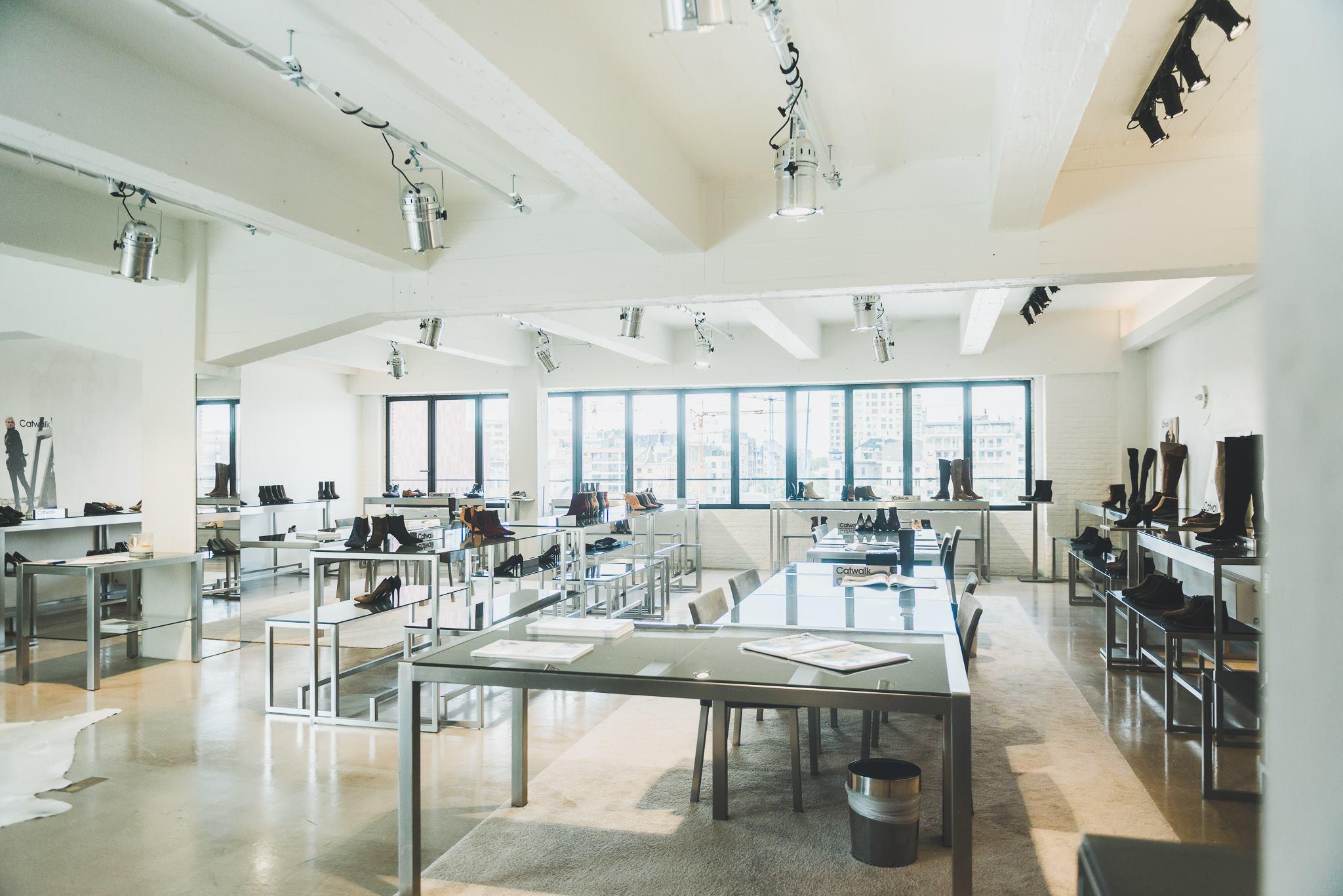 ianhermans showroom 4(2)