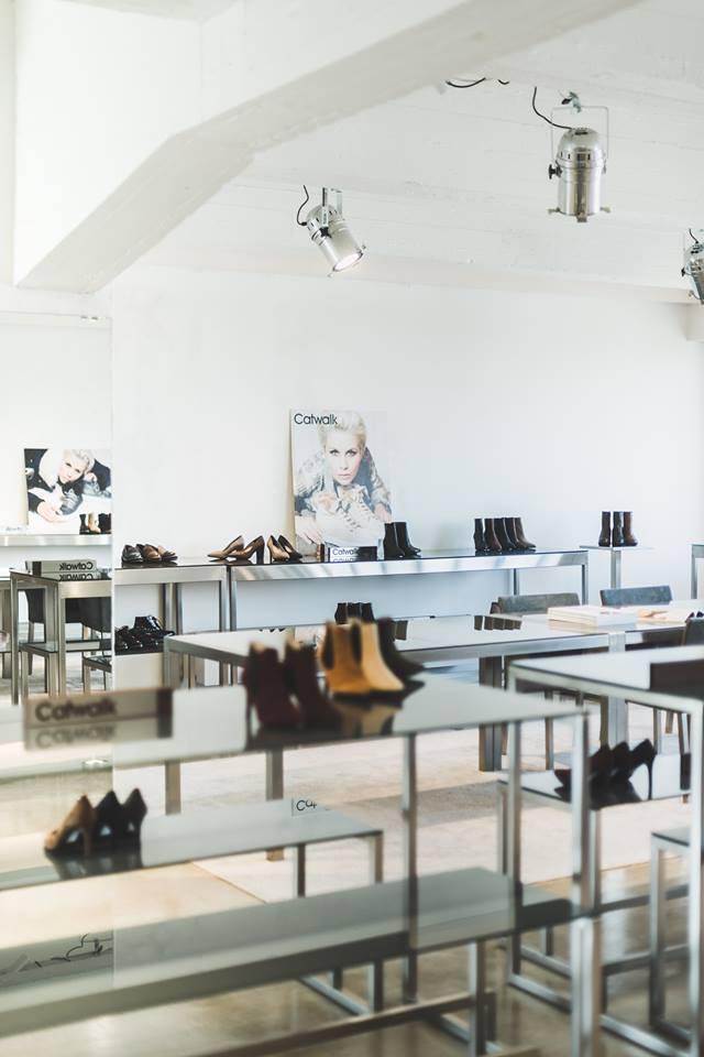 ianhermans showroom 8